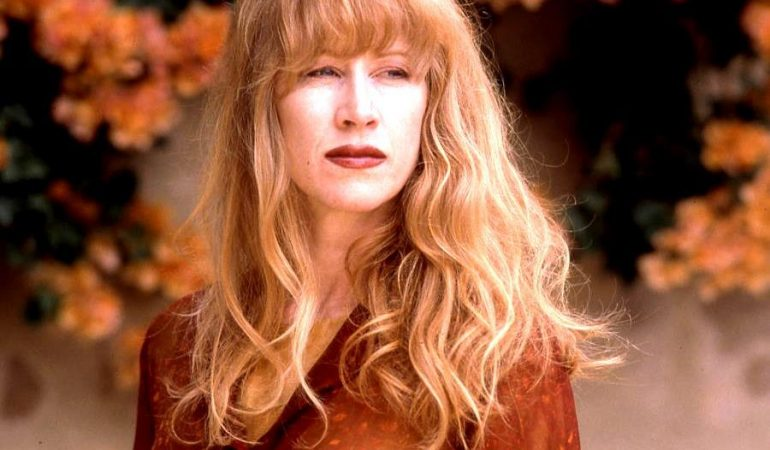 Weekend Ramblings on Multi-Tasking & Loreena McKennitt