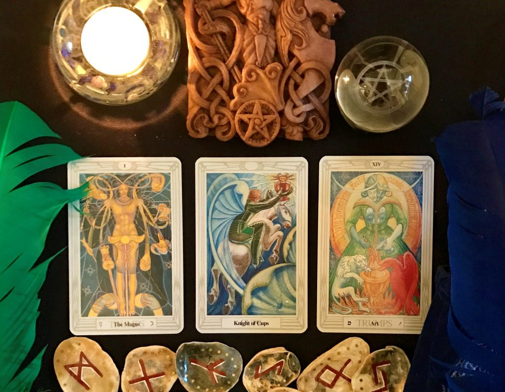 Do Tarot Cards Really Predict The Future? - Tarot Readings